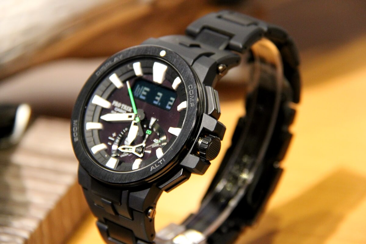 New Casio Pro Trek Prw 7000 With 200m Water Resistance G Central Jam Tangan Shock Gd 400 3dr 7000fc 1jf