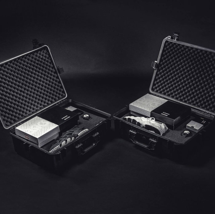 G-Shock x ASICSTIGER x 43einhalb Collectors Edition Hard Case