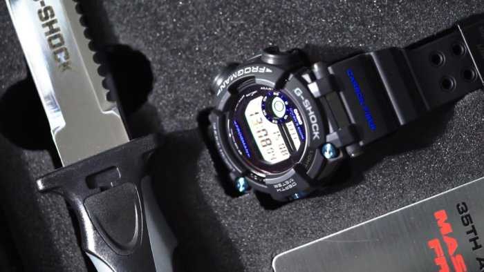 GWF-D1000B-1LTD Limited Edition 35th Anniversary G-Shock Frogman Collector's Set with Diving Knife
