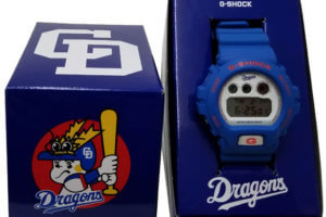 Chunichi Dragons x G-Shock DW-6900 Box