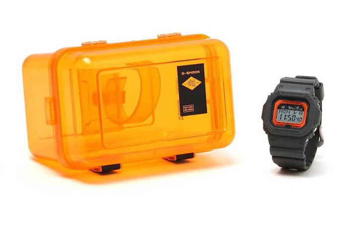Madness x G-Shock G-LIDE GLX-5600MAD19-1 Box