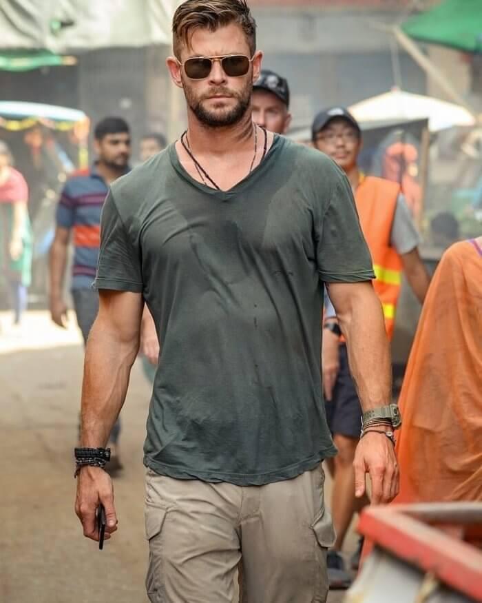 Chris Hemsworth wears Casio G-Shock Rangeman GW-9400 in Extraction on Netflix