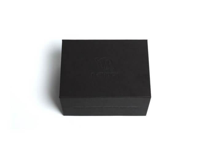 SMG x G-Shock DW-6900BB Box