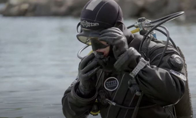 G-Shock Frogman GWF-A1000 Diving Video by Casio UK