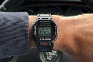 Hands-on G-Shock GMW-B5000TVA-1 video by Unboxall TV
