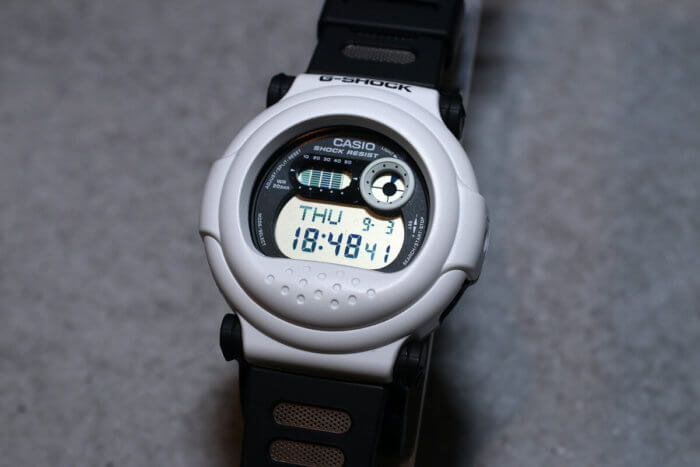 G-Shock G-001BW-7JF White and Black Series