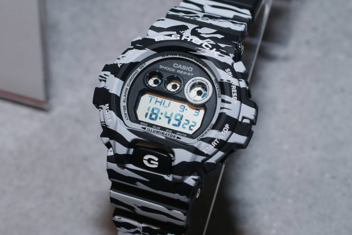 G-Shock GD-X6900BW-1JF White and Black Series