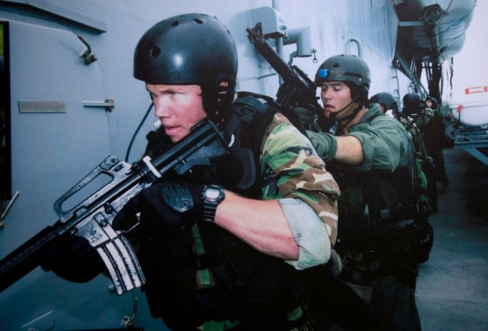 Navy Seals And The G Shock Dw 6600 Military Watch G